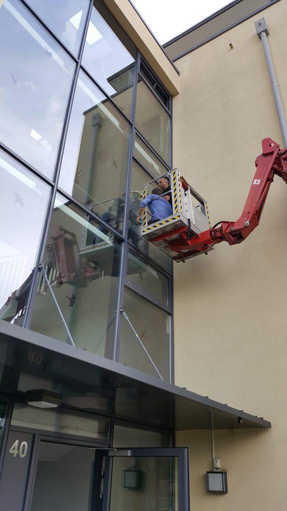 METS_CLEAN-Fensterputzen-1200x2133